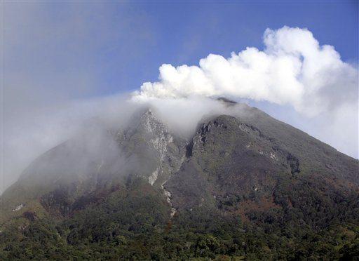Indonesia Volcano Sinabung