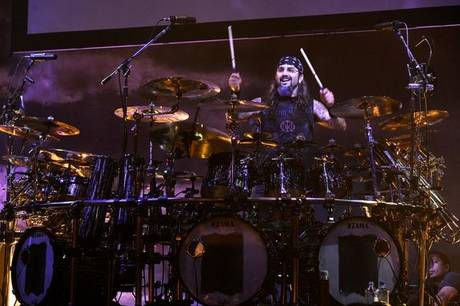 MikePortnoy quits dream theater