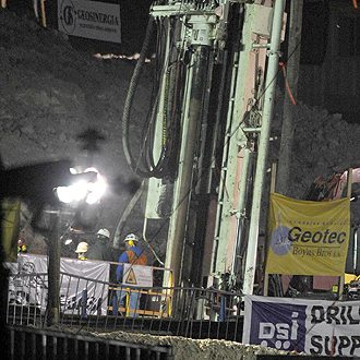 trapped chilean miners rescue