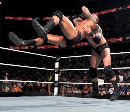 Randy-Orton-Vs-Wade-Barrett