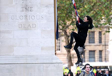 charlie gilmour cenotaph london