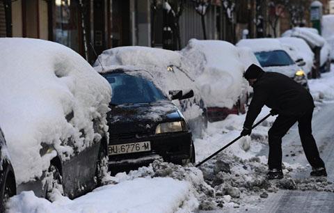 heavy snowfall europe