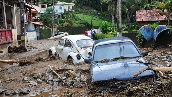 brazil landslides 2011