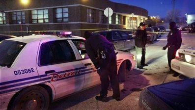 detroit gunman shootout