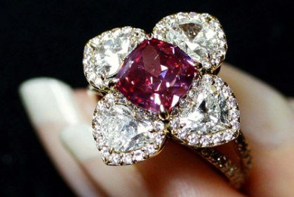 red-diamond-ring