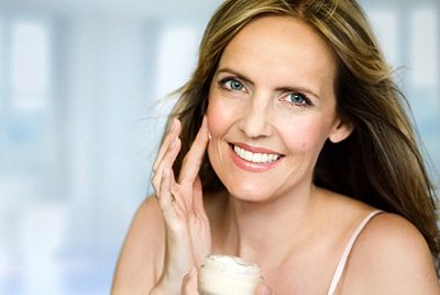 Natural ways to prevent aging and wrinkles