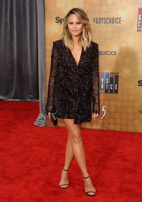 Chrissy-teigen-guys-choice-awards-2016