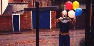 creepy-clown-in-northhampton