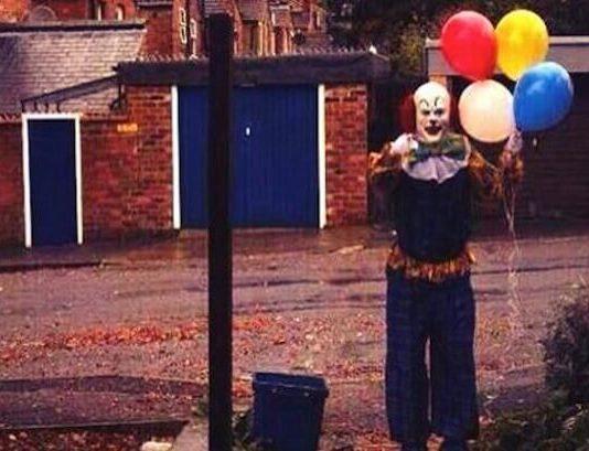 creepy-clown-in-northhampton
