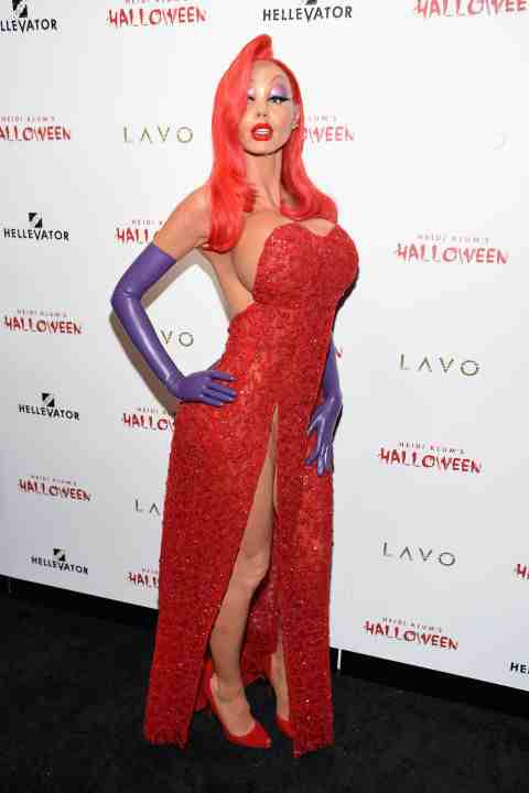 heidi_klum_jessica_rabbit_halloween_costume