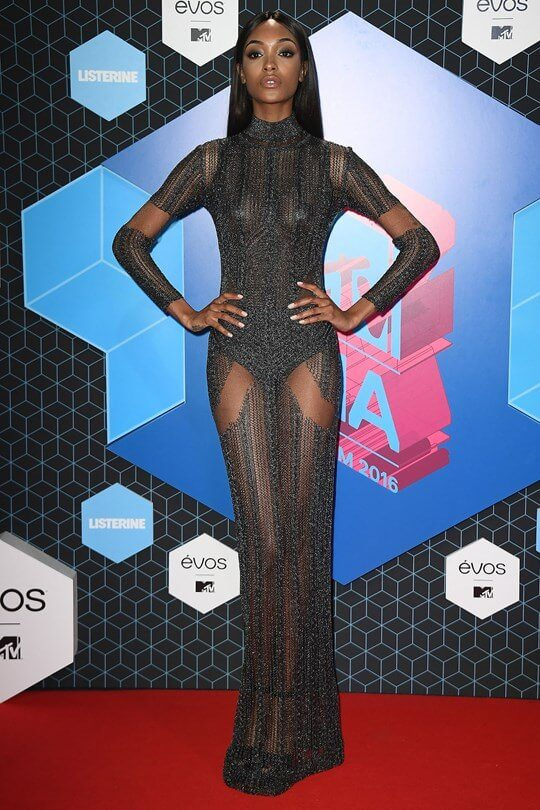 jourdan%20dunn2_glamour_7nov16_gettyimages-_540x810
