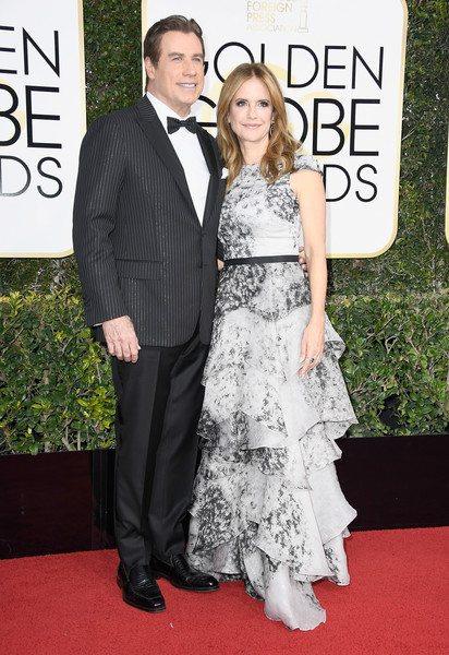 john_travolta_kelly_preston_golden_globes_2017