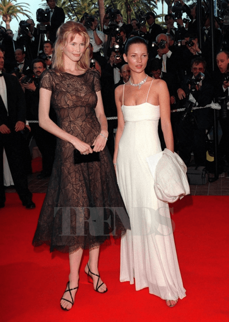 kate_moss_claudia_schiffer_red_carpet