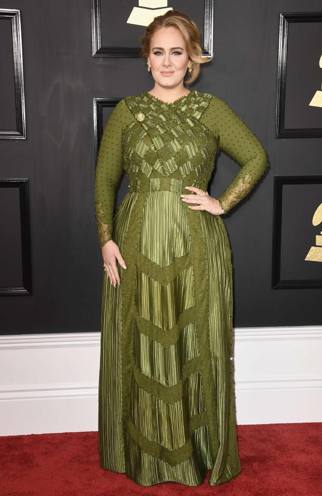 adele-grammy-awards-2017-red-carpet