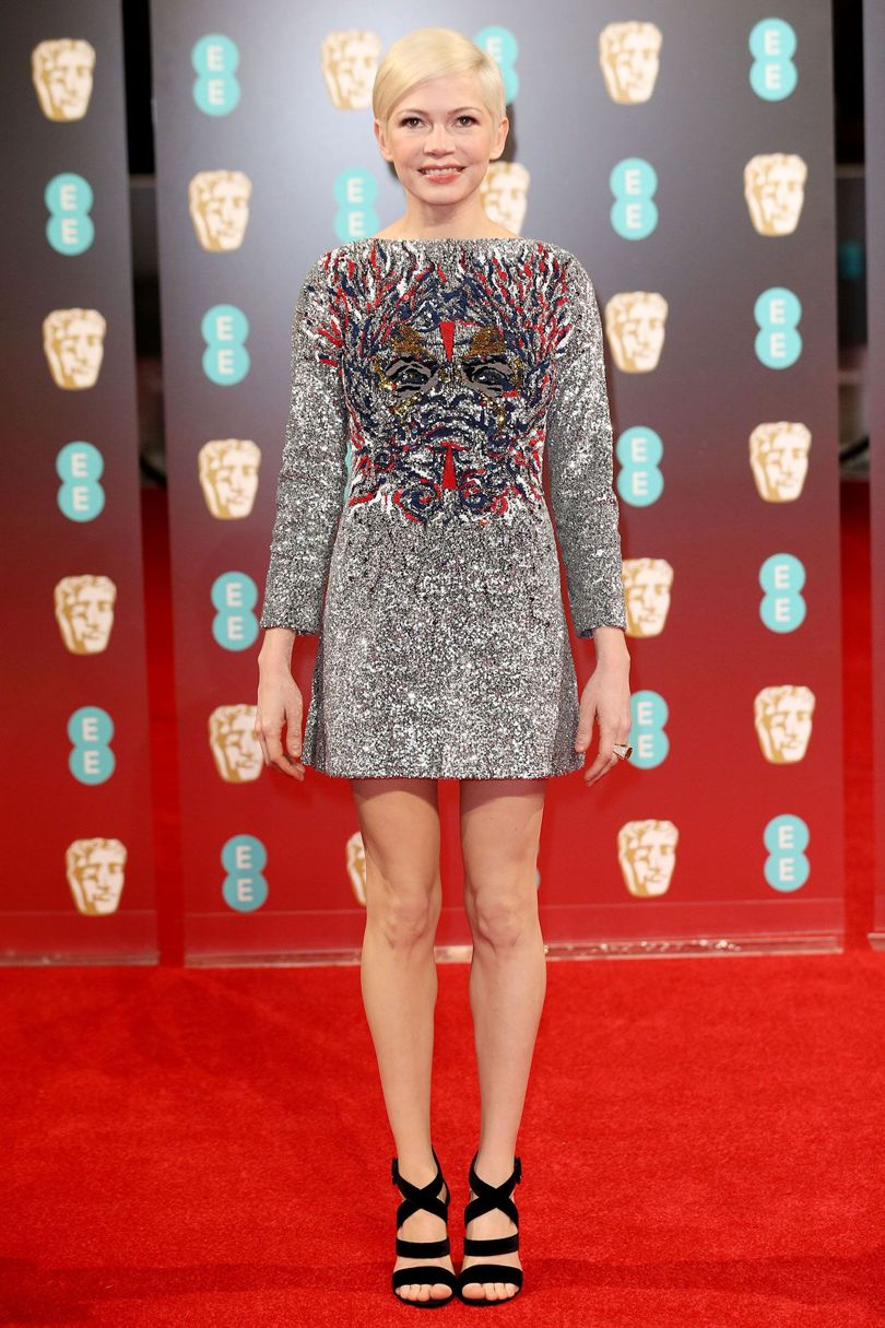 michelle-williams-baftas-2017-red-carpet