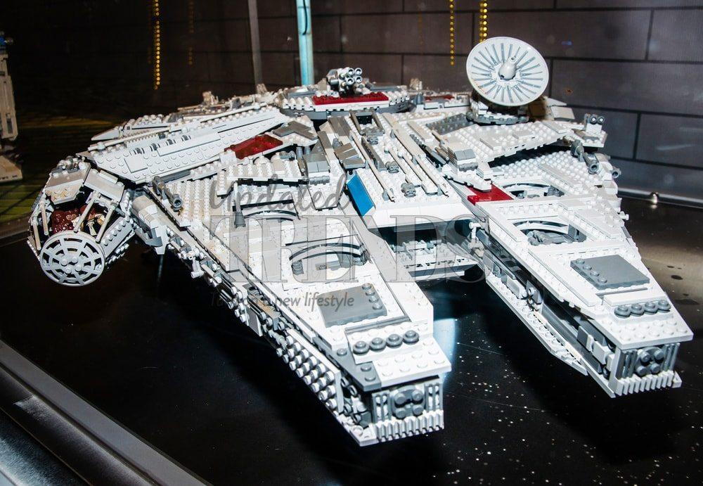 star-wars-millennium-falcon1-min