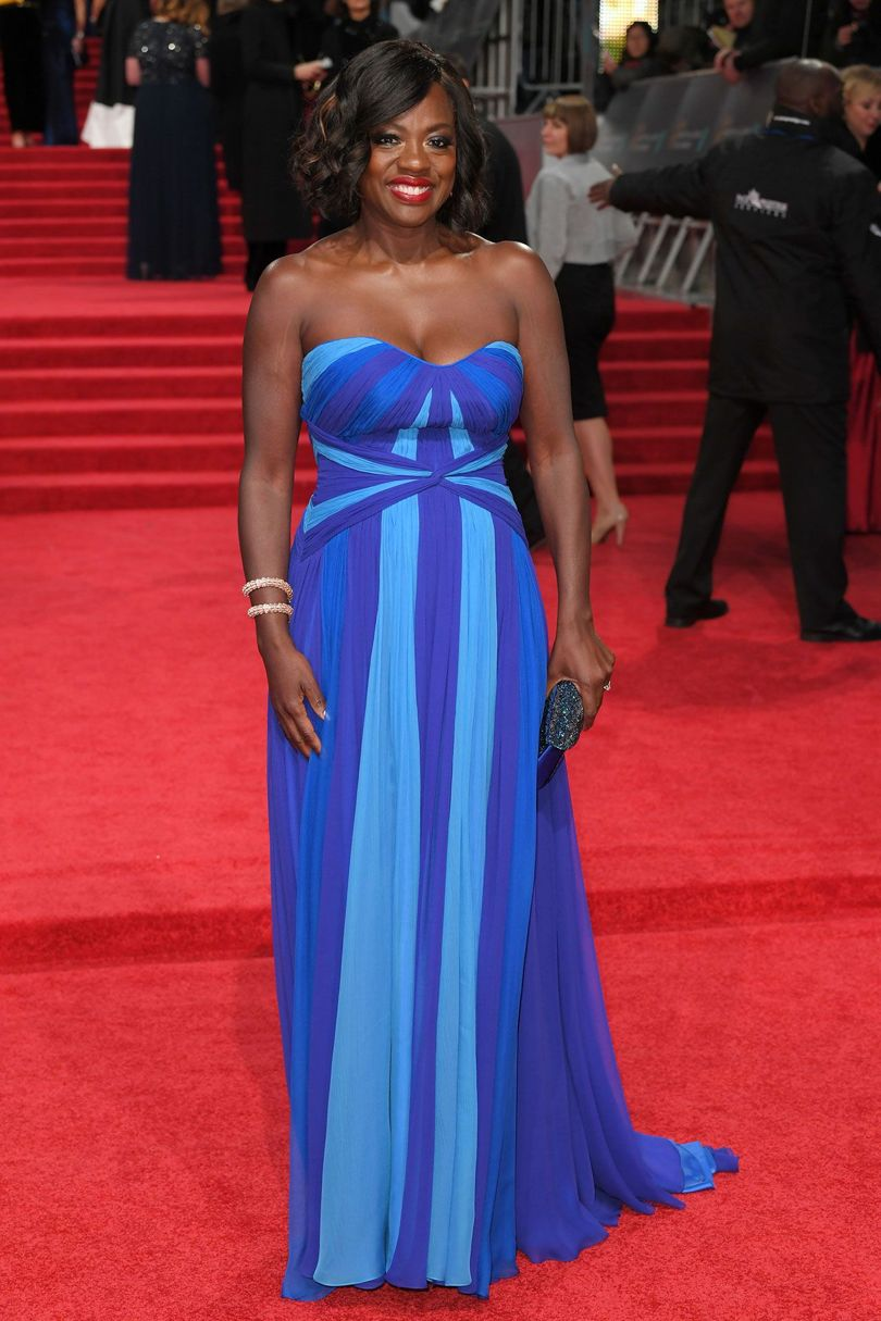 viola-davis-baftas-red-carpet-2017