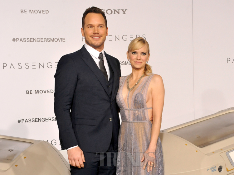 Anna faris returns to her podcast after separation chris pratt chris pratt and anna faris junglespirit Image collections