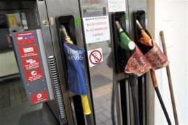 France Strikes – Fuel Shortage Causes Panic Among Citizens
