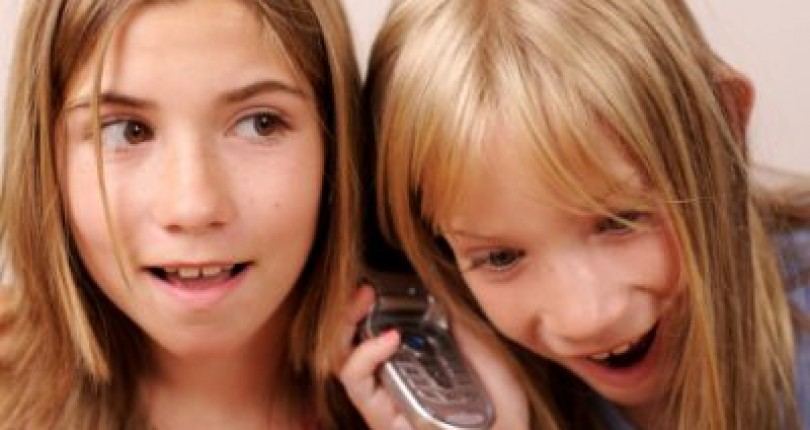 Youngsters cannot do without mobile phones, says new survey